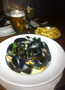 Belgo Express Lunch - moules frites